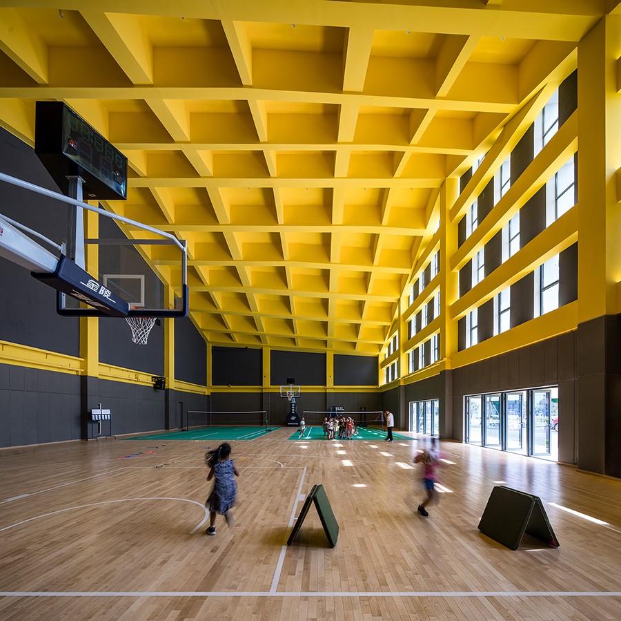 35_从体育馆内部看山墙丨Interior Of Gym ©吴清山.jpg