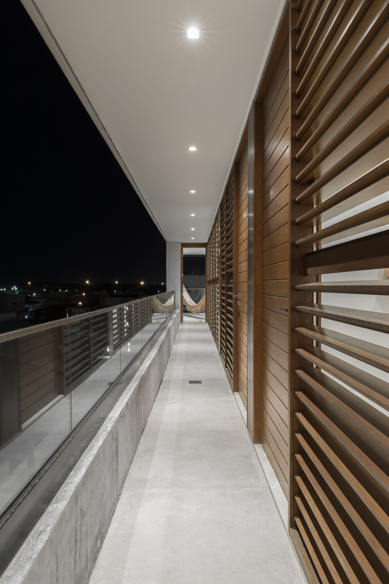 33_CASA_IF_-_Martins_Lucena_Arquitetos-36.jpg