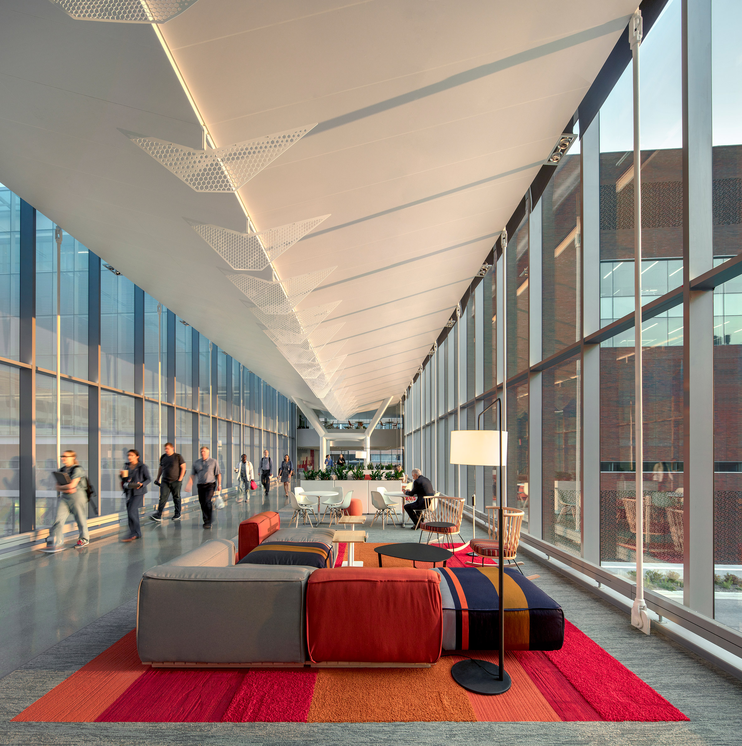 medical-center-university-of-kansas-co-architects-architecture-kansas-city-usa_dezeen_2364_col_11-852x857.jpg