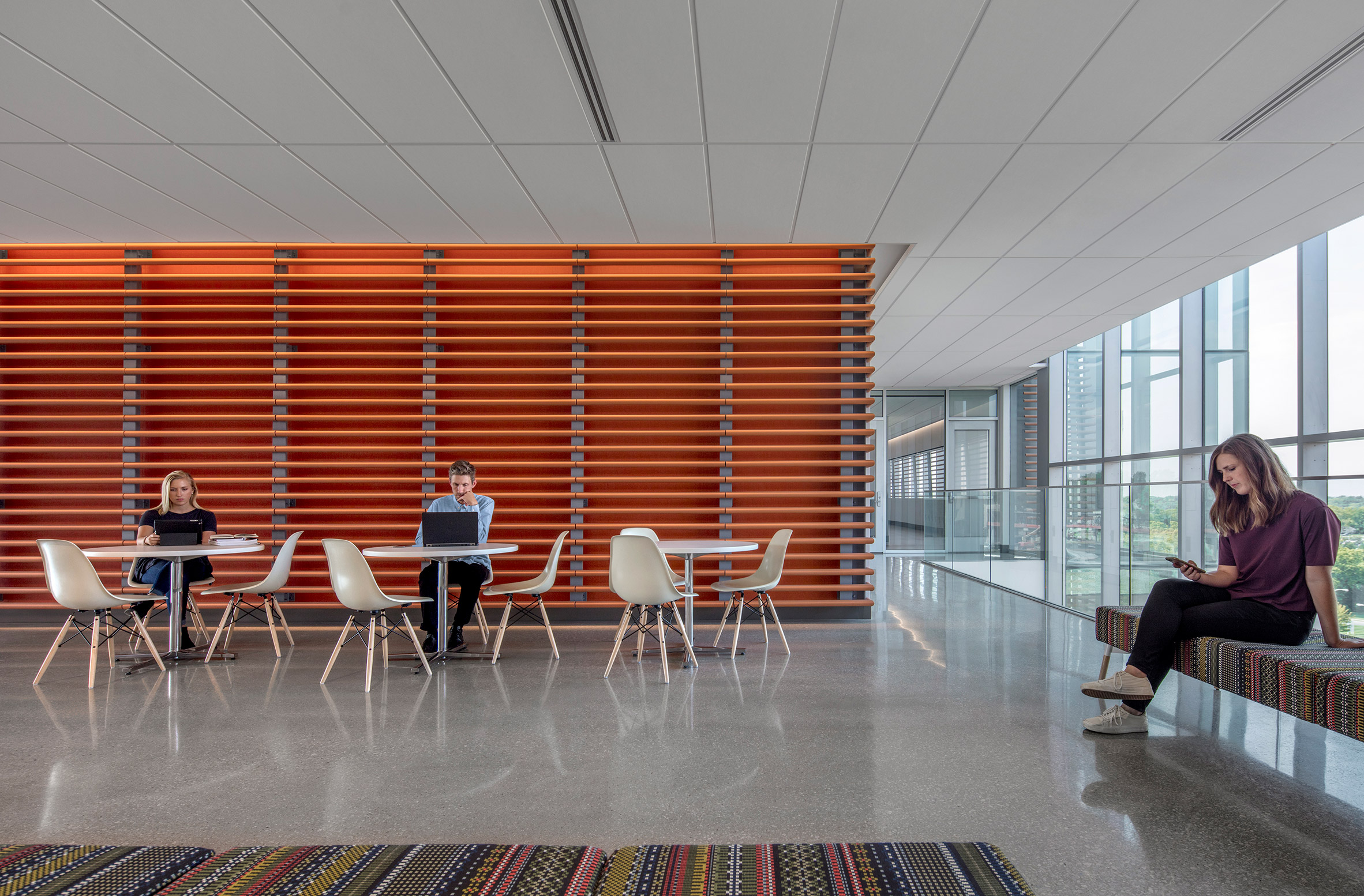 medical-center-university-of-kansas-co-architects-architecture-kansas-city-usa_dezeen_2364_col_15-852x560.jpg