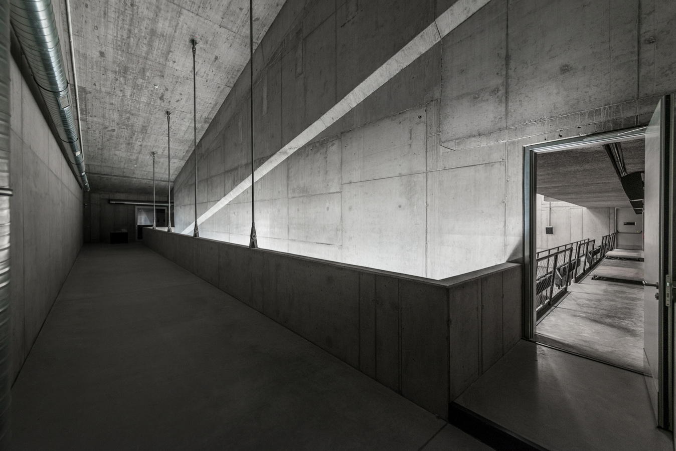 调整大小 9_Foyer_reverberation_chamber_3.jpg