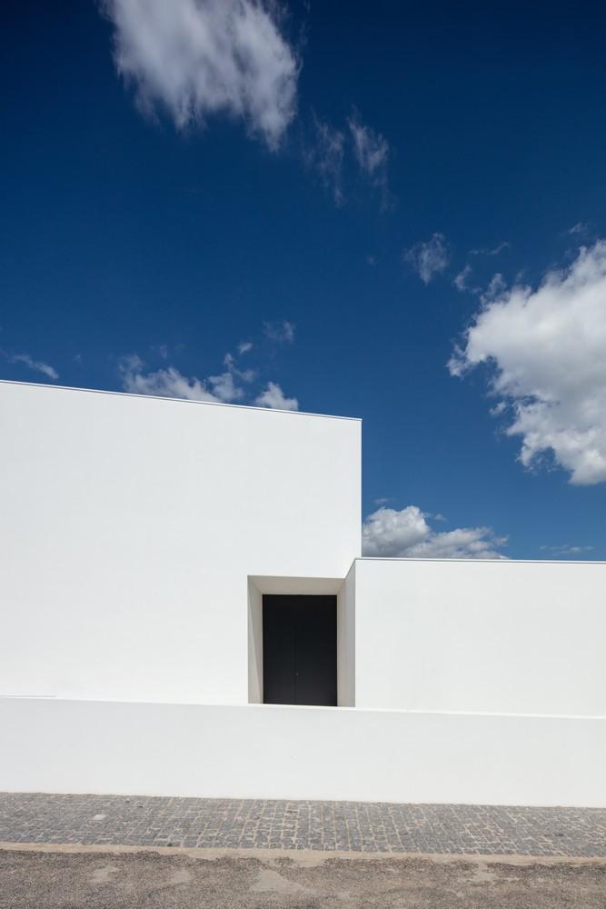 葡萄牙乡村与后现代主义下谱奏的现代牧歌:gafarim之家