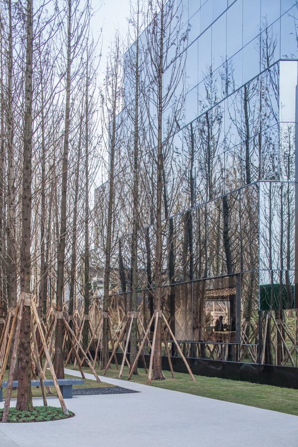 重庆万科森林公园销售展示中心/lwk   partners
