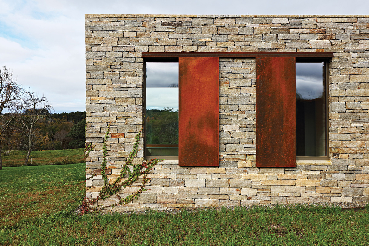 link-farm-house-slade-architecture-dutchess-country-new-york-us_dezeen_2364_col_3.jpg