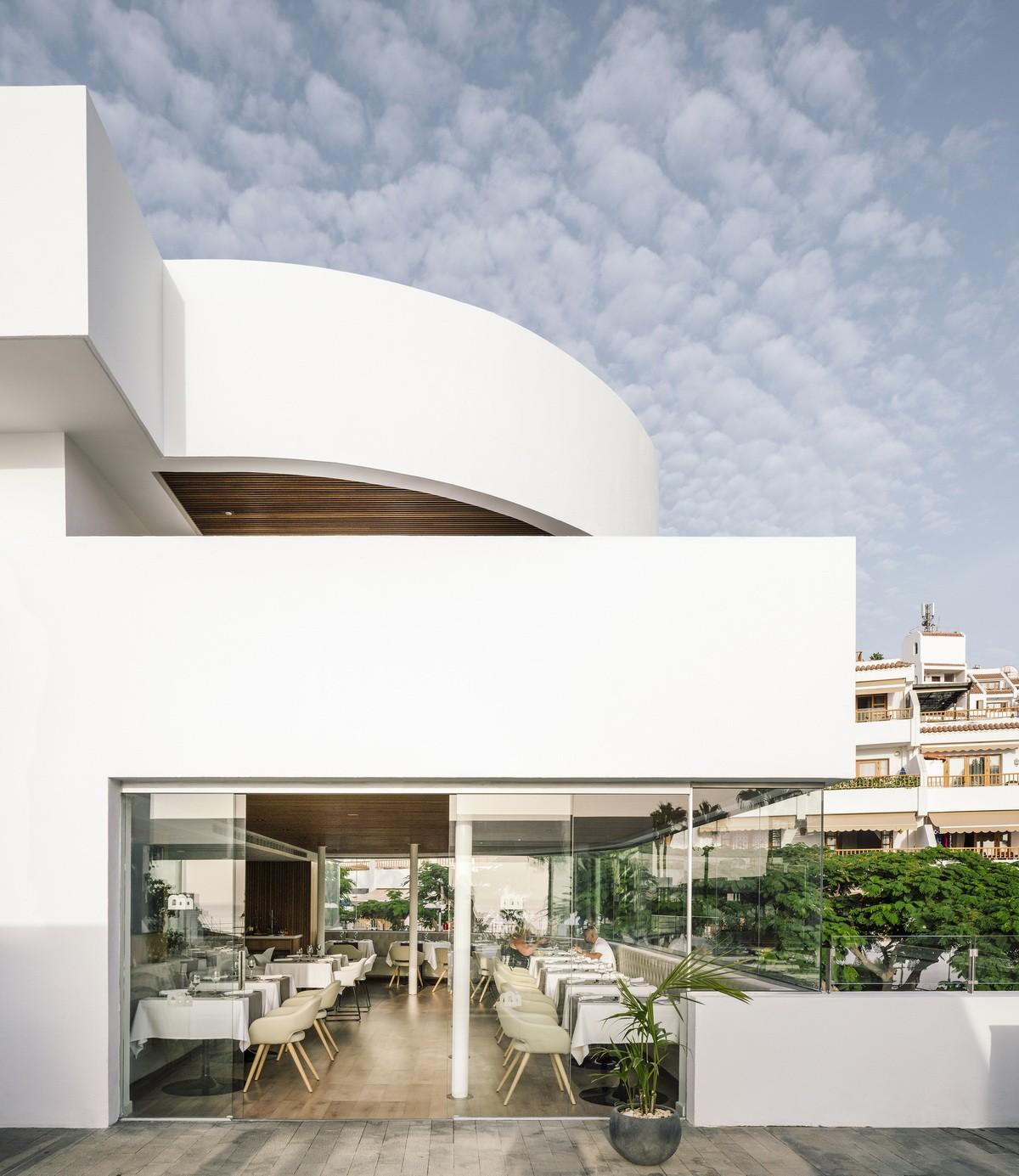 純粹線條創造的優雅體量:弗拉明戈俱樂部酒店/ZoocoEstudio插图2