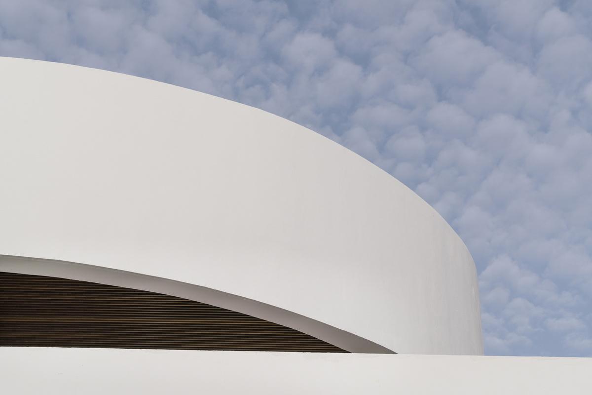 純粹線條創造的優雅體量:弗拉明戈俱樂部酒店/ZoocoEstudio插图3