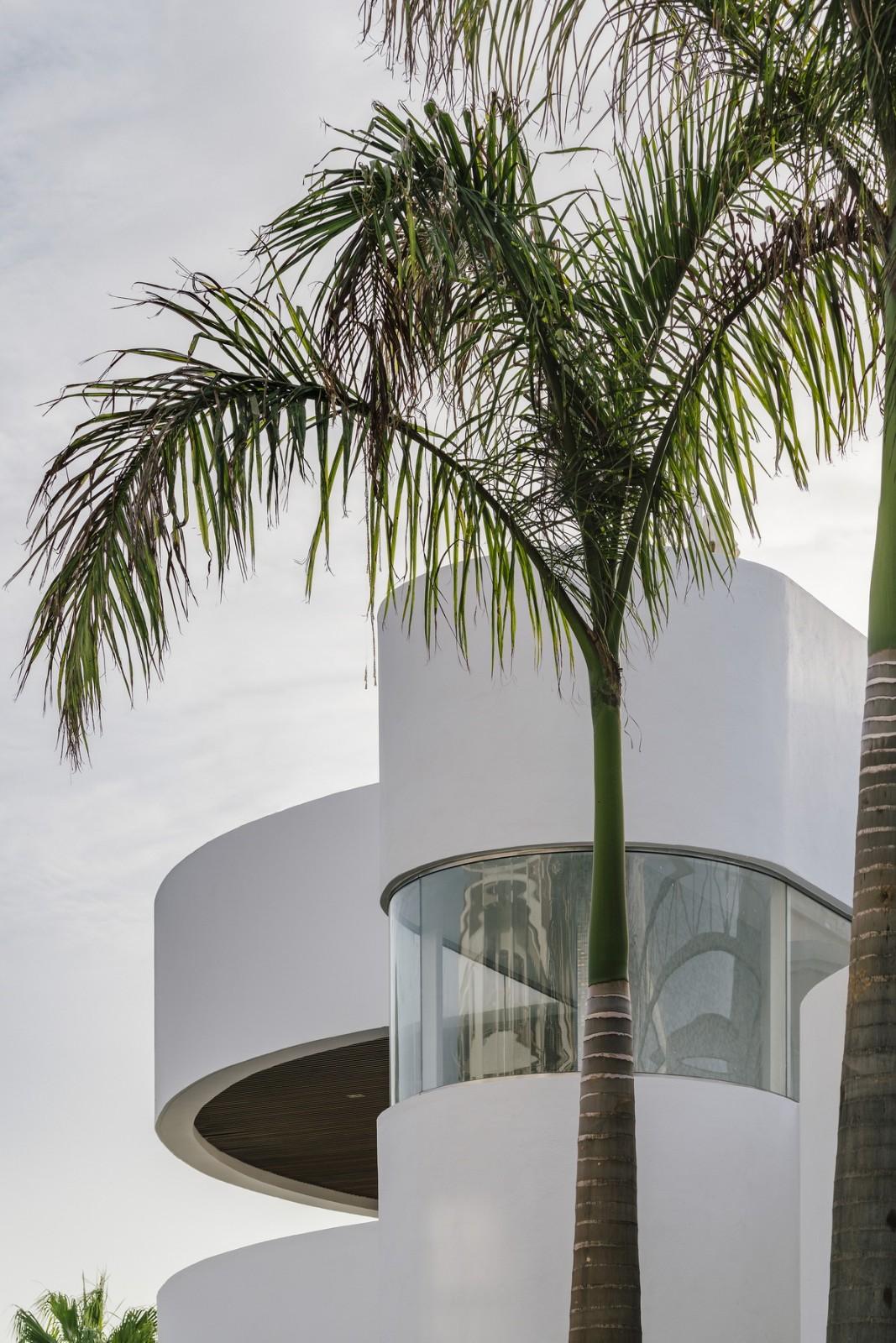 純粹線條創造的優雅體量:弗拉明戈俱樂部酒店/ZoocoEstudio插图4