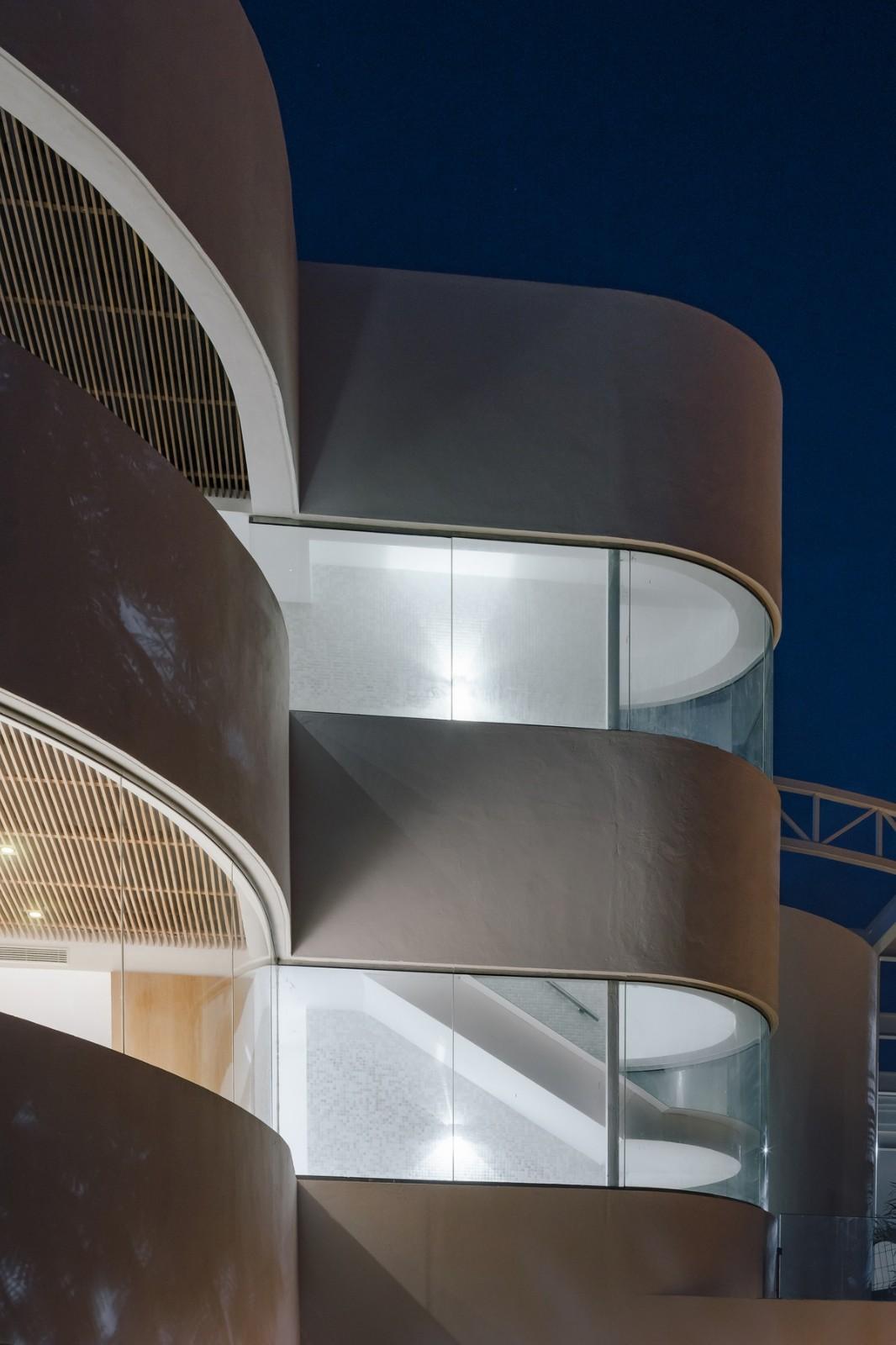 純粹線條創造的優雅體量:弗拉明戈俱樂部酒店/ZoocoEstudio插图16