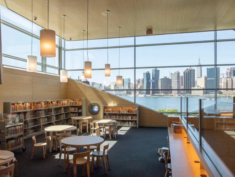 steven-holl-hunters-point-library-queens-new-york-designboom-04.webp.jpg