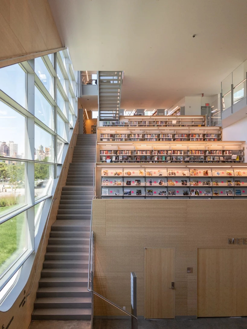 steven-holl-hunters-point-library-queens-new-york-designboom-06.webp.jpg