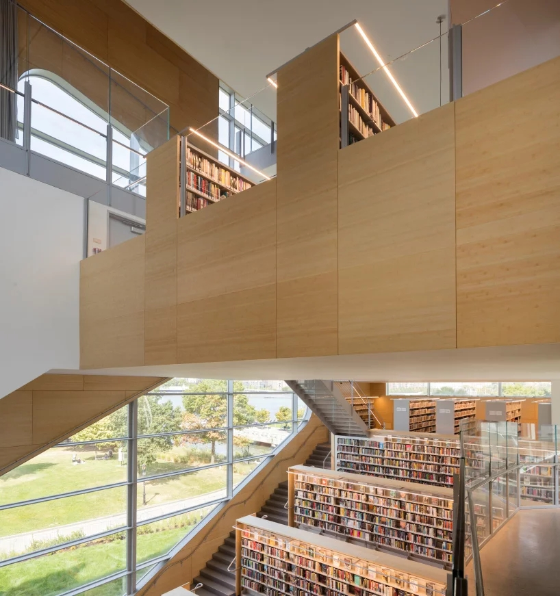 steven-holl-hunters-point-library-queens-new-york-designboom-07.webp.jpg
