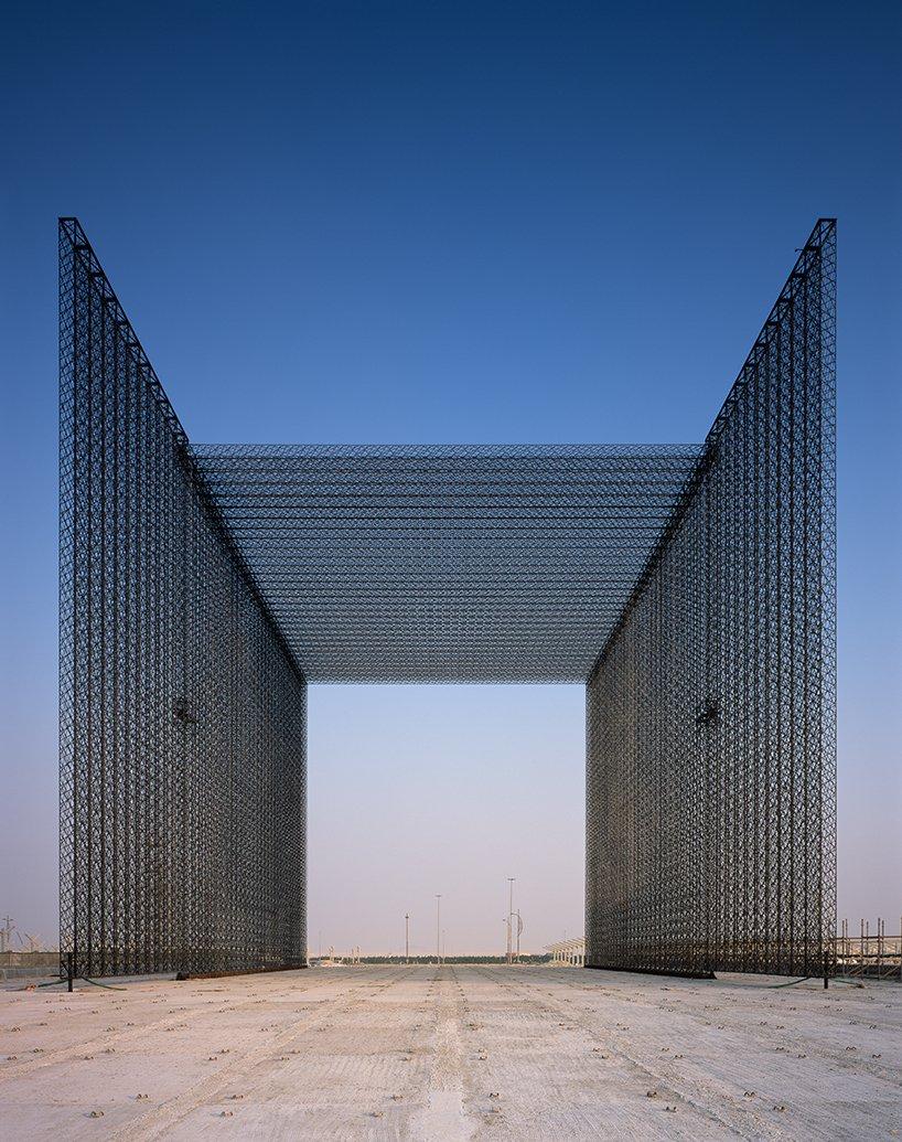 expo-2020-dubai-entry-portals-asif-khan-designboom07.jpg
