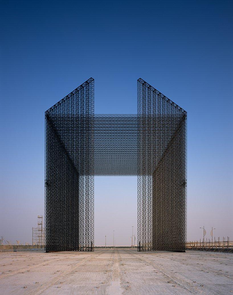 expo-2020-dubai-entry-portals-asif-khan-designboom04.jpg