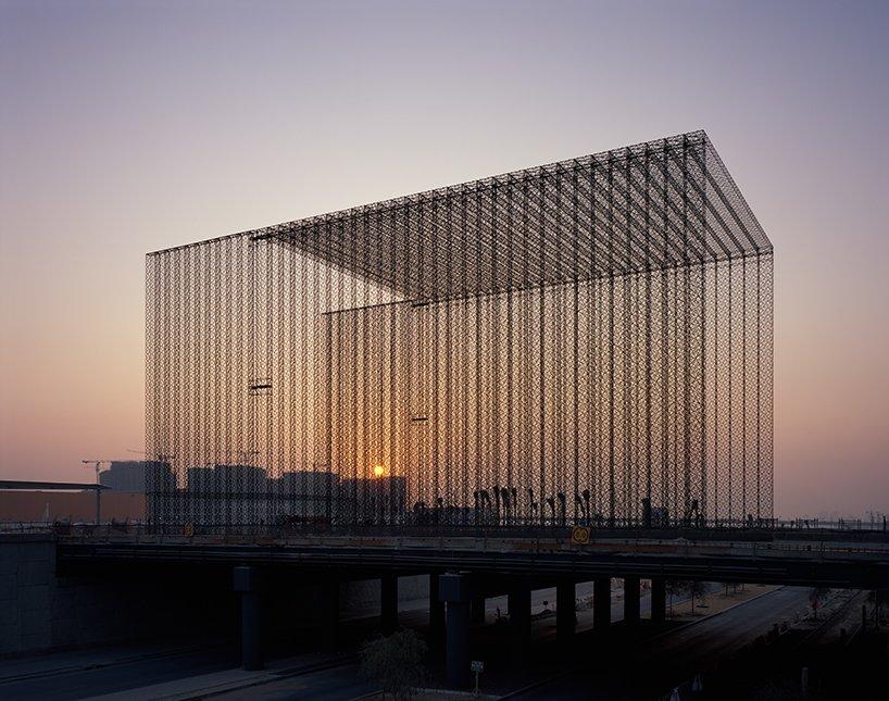 expo-2020-dubai-entry-portals-asif-khan-designboom01.jpg