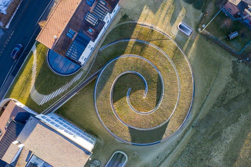 bjarke-ingels-group-BIG-musee-atelier-audemars-piguet-switzerland-designboom-02.jpg