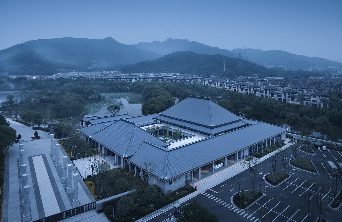 图片9-新建游客中心鸟瞰图_调整大小.jpg