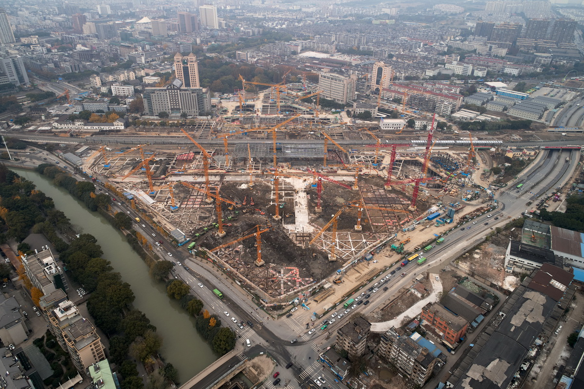 20_MAD_Jiaxing Train Station Currently Under Construction_photo by Agovision_调整大小.jpg
