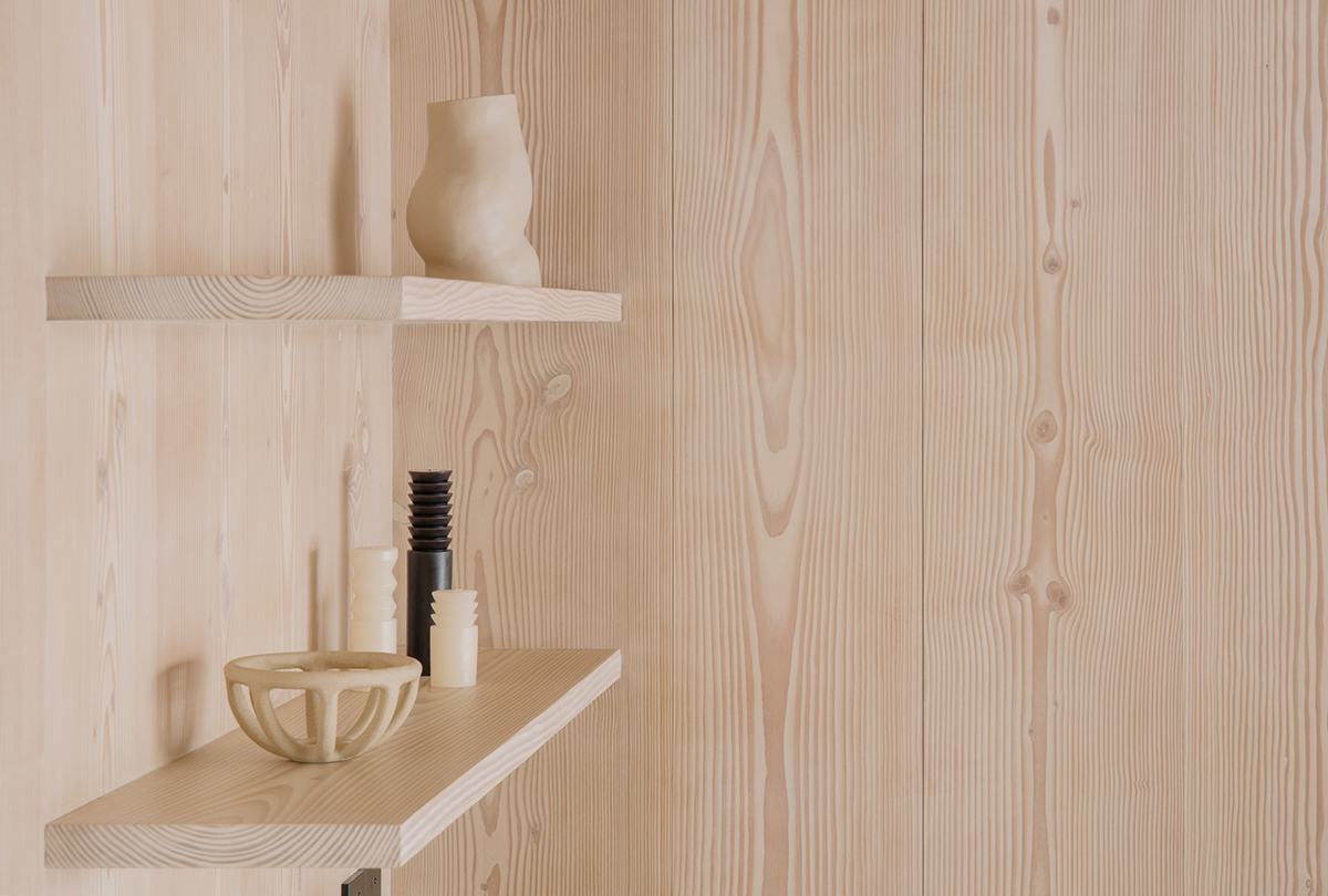 shelves are made of 28mm thick solid wood panels.jpg