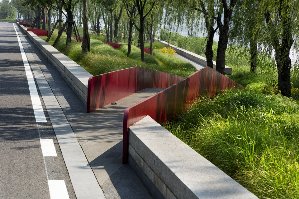 006-riverside-commercial-eco-park-china-by-collective-landscape-design-960x640.jpg