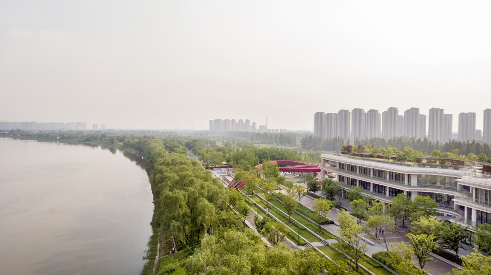013-riverside-commercial-eco-park-china-by-collective-landscape-design-960x539.jpg